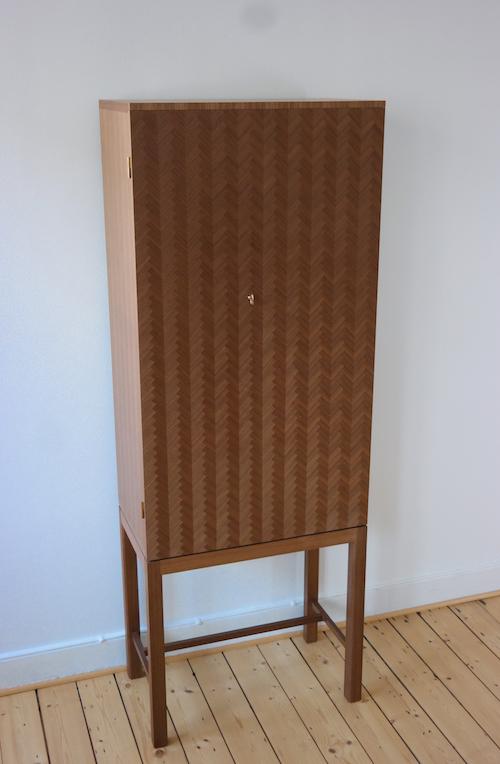 Kontorsskåp bild 1